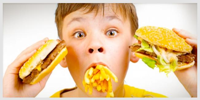 Una nueva razón para evitar la comida chatarra