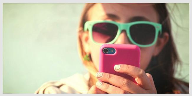 Los niños deberían limitar su exposición a los celulares