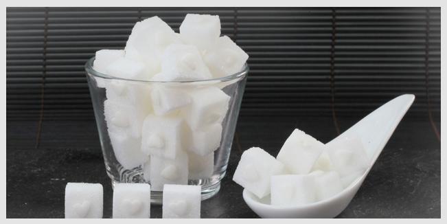 Propuesta de la Organización Mundial de la Salud para reducir la ingesta de azúcar recomendada a la mitad
