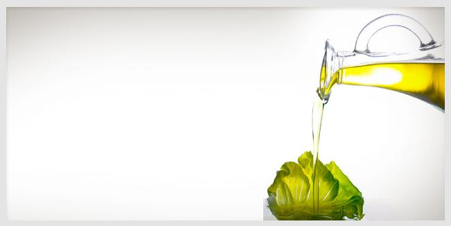 Por que es bueno combinar aceite de oliva en tus ensaladas