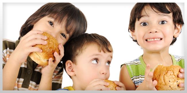 el consumo de comida rapida lleva al mal desempeño académico de los niños