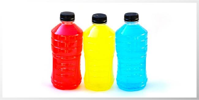 Hay bebidas deportivas dañinas para la salud dental, dentistas advierten